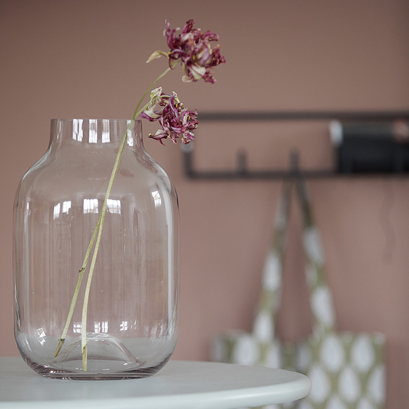 House Doctor Vase Shaped h25 cm aubergine