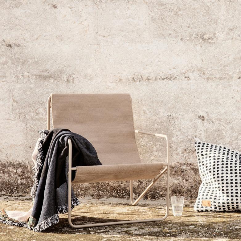 Fermliving Desert Lounge Chair - Frame Cashmere / Sand