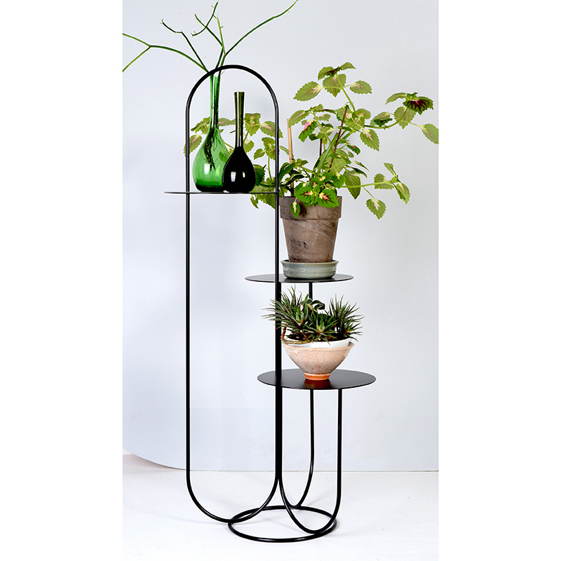 OK Design Trumpet Table - OK design
