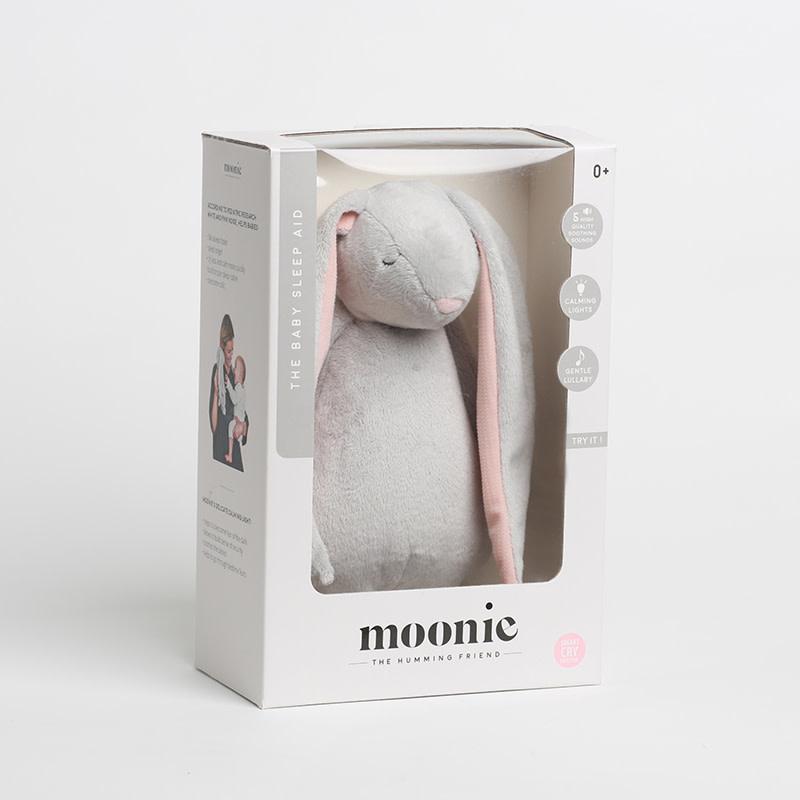 Moonie Moonie the humming friend