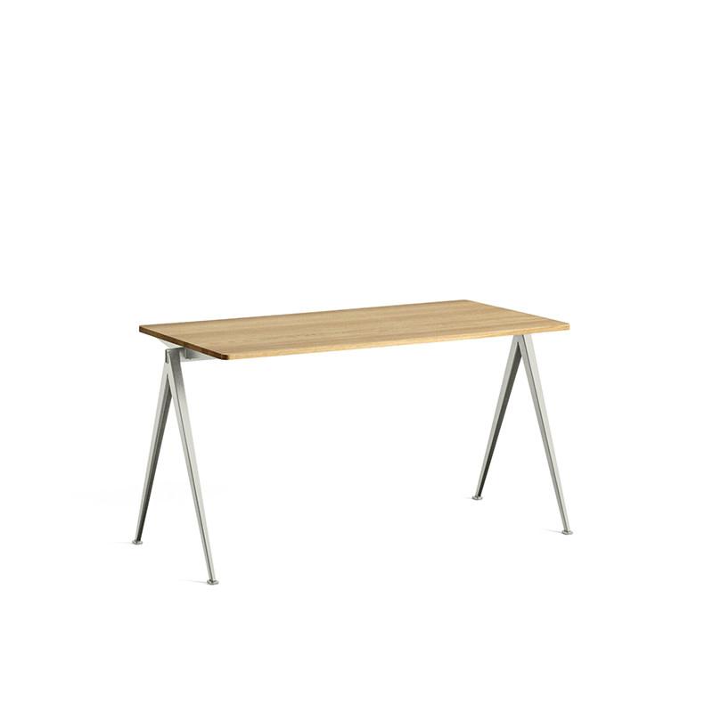 HAY Pyramid tafel 01 - beige stalen frame
