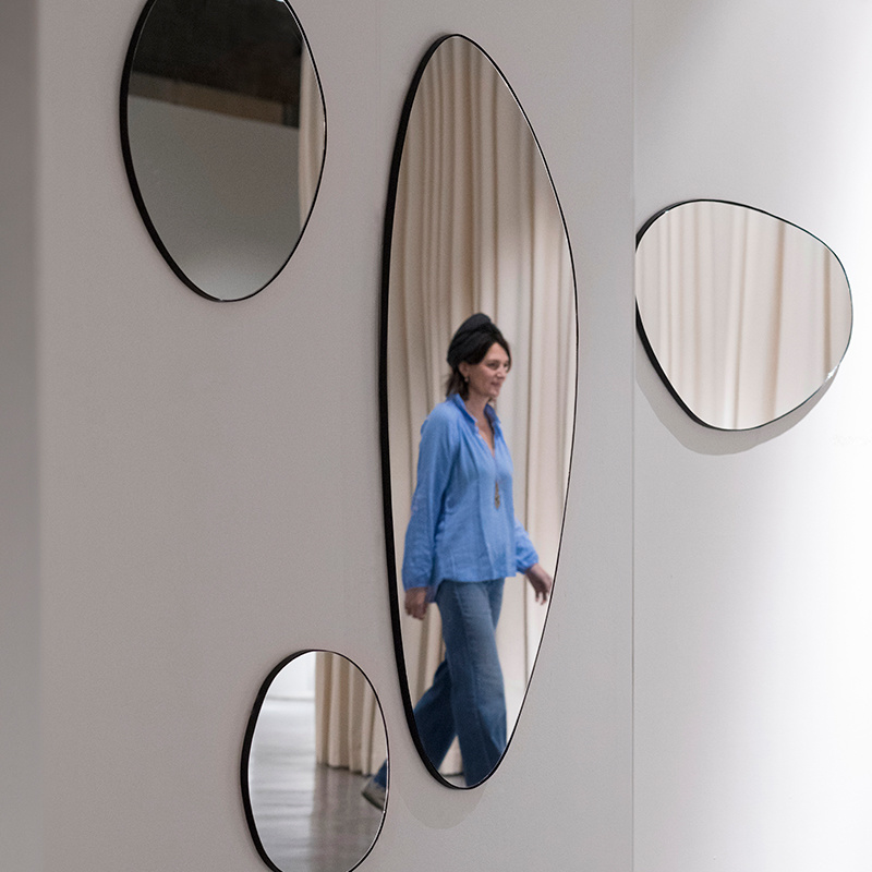 Serax Spiegel S zwart  -  47 x  45  x  1.5 cm
