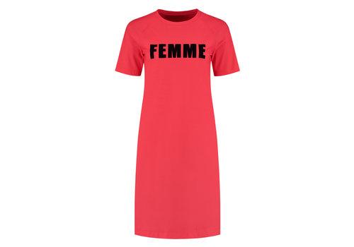 NIKKIE NIKKIE SUZY TEE DRESS Red dress with artwork