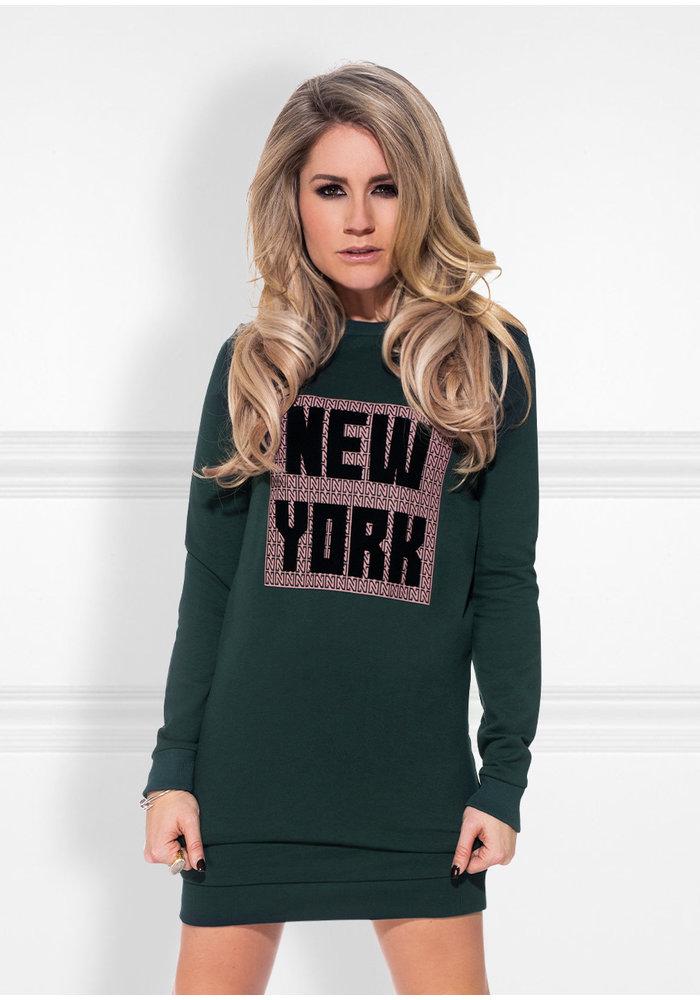 NIKKIE NEW YORK SWEATER