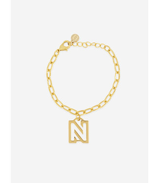 NIKKIE CHAIN BRACELET WITH PENDANT BROOKE BRACELET GOLD