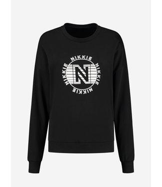 NIKKIE Global sweater