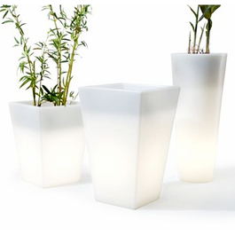 Funnylights LED RGB Bloempot 76 cm Oplaadbaar + Afstandsbediening - Funnylights Gyarados