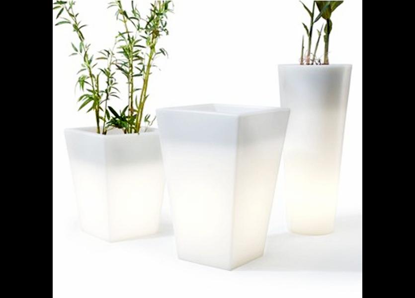 Oplaadbare Bloempot 76 cm LED RGB inclusief Afstandsbediening - Funnylights Gyarados Tuinlamp