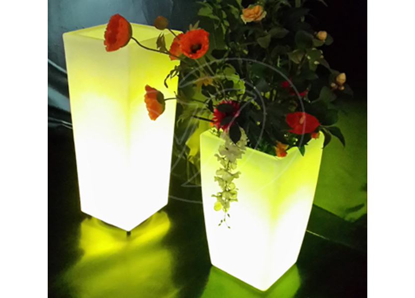 Oplaadbare Bloempot 90 cm LED RGB incl. Afstandsbediening  - Funnylights Lapras Tuinlamp