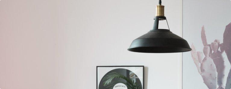 Een hanglamp maakt uw interieur helemaal af.
