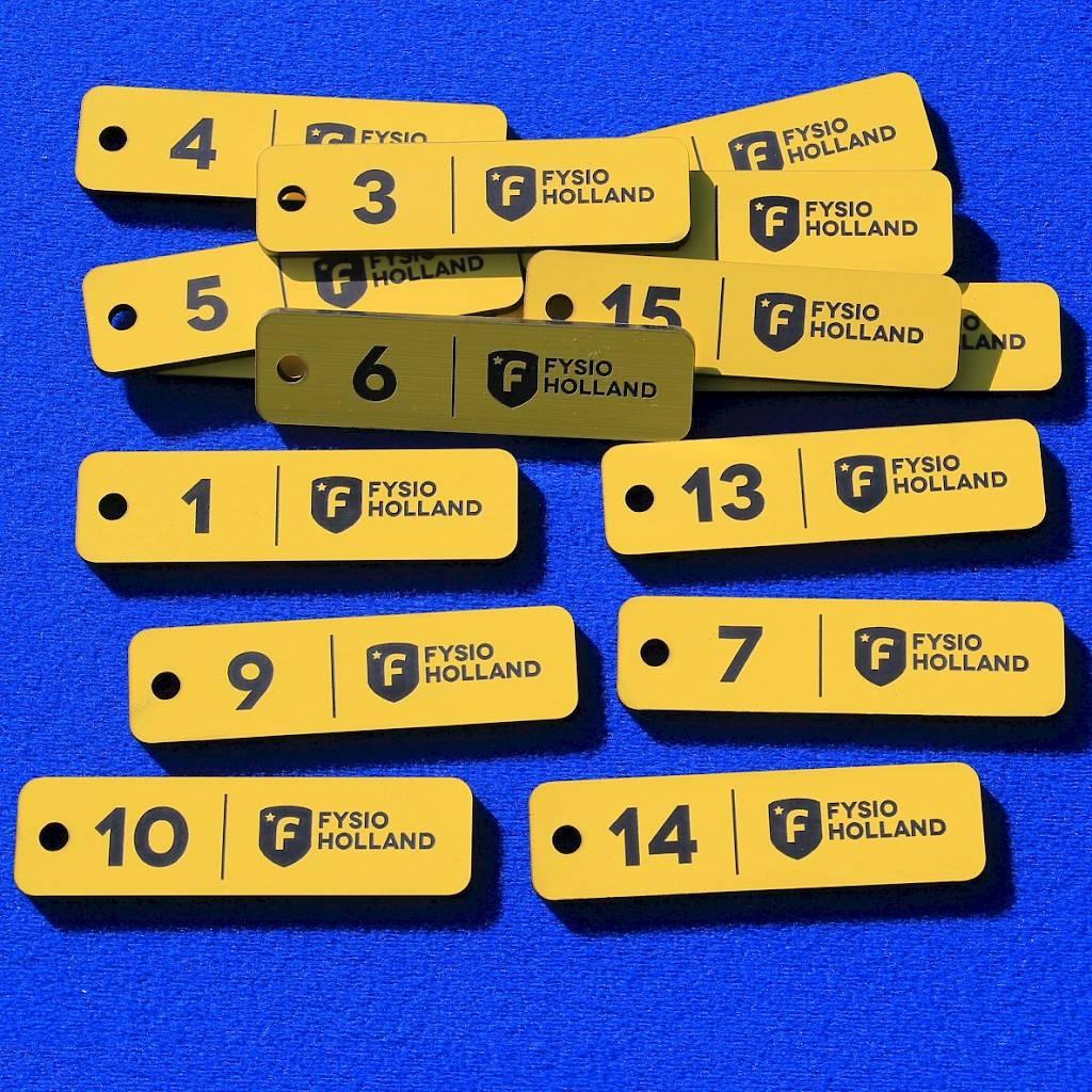 CombiCraft Kunststof Sleutellabel voorzien van uw logo, uw tekst en nummering, prijs per stuk vanaf