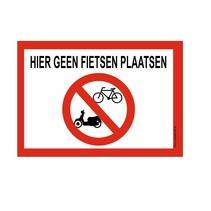 Hier geen fietsen plaatsen bord