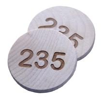 Houten nummerplaatjes
