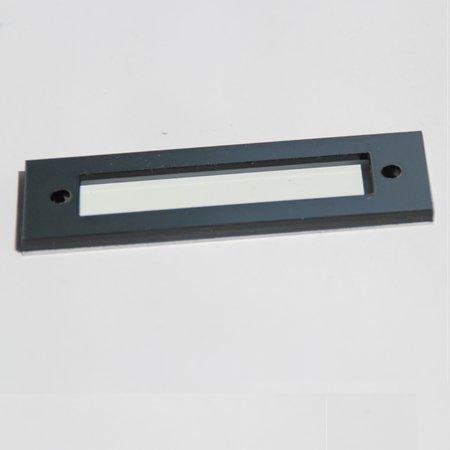 CombiCraft Etikethouder van Aluminium en kunststof in 70x20mm, voorzien van 2 gaten en een mogelijkheid om namen of stroken in het profiel te schuiven, voor op kastplanken en lades.