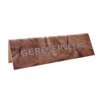 Gereserveerd bordje in een houtmotief