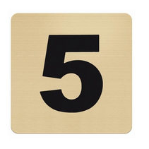 Messing nummerbordje met plexiglas achterkant