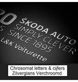 CombiCraft Chrosomat dunne 3d-letters en cijfers van mooi zilver glans verchroomd metaal en voorzien van dubbelzijdig tape.