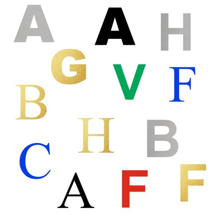 CombiCraft Hoofdletters en cijfers van geëloxeerd Zilverkleurig, Goudkleurig of gekleurd Aluminium in 3D  tot 90 mm hoogte in vier verschillende lettertypes