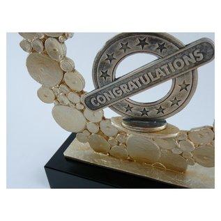 Trofee van metaal met gravure; feliciteren 235x80x280mm