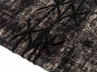 Fiber 23 - Geweven vloerkleed in Antraciet/Zwarte kleurstelling