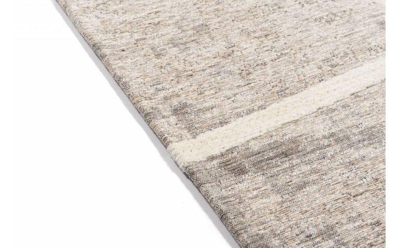 Hailey 12 - Prachtig geometrisch vloerkleed in steengrijze en crème/witte kleursamenstelling