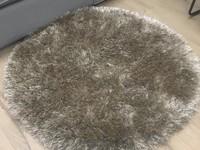 Chester 15 - Rond hoogpolig vloerkleed in beige/bruin