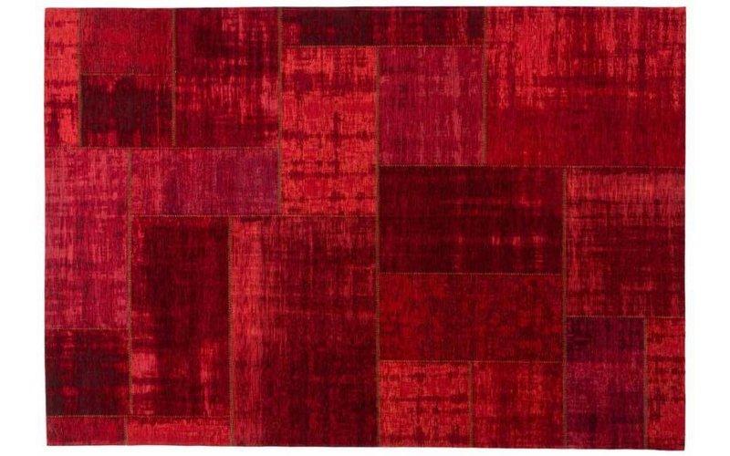 Pognum 45 - Uniek vintage vloerkleed in rode kleurstelling