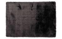 Noëlle Riche 24 - Hoogpolig vloerkleed in Diepzwart