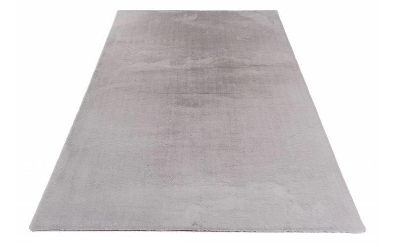 Fay Soft Grey - zacht hoogpolig vloerkleed in grijs