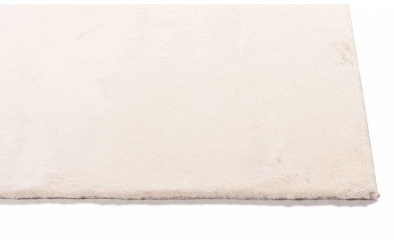 Fay Soft Creamy - zacht hoogpolig vloerkleed in roomwit