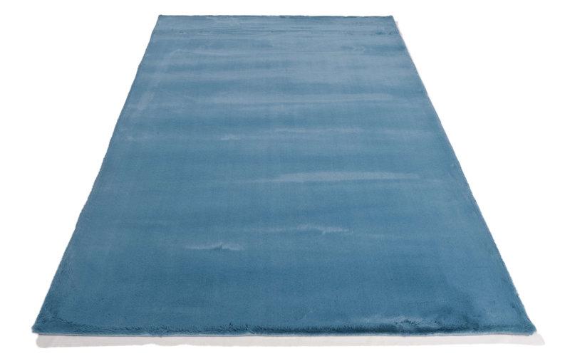 Fay 33 - zacht hoogpolig vloerkleed in azuurblauw-
