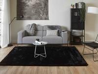 Fay Soft Black - zacht hoogpolig vloerkleed in zwart