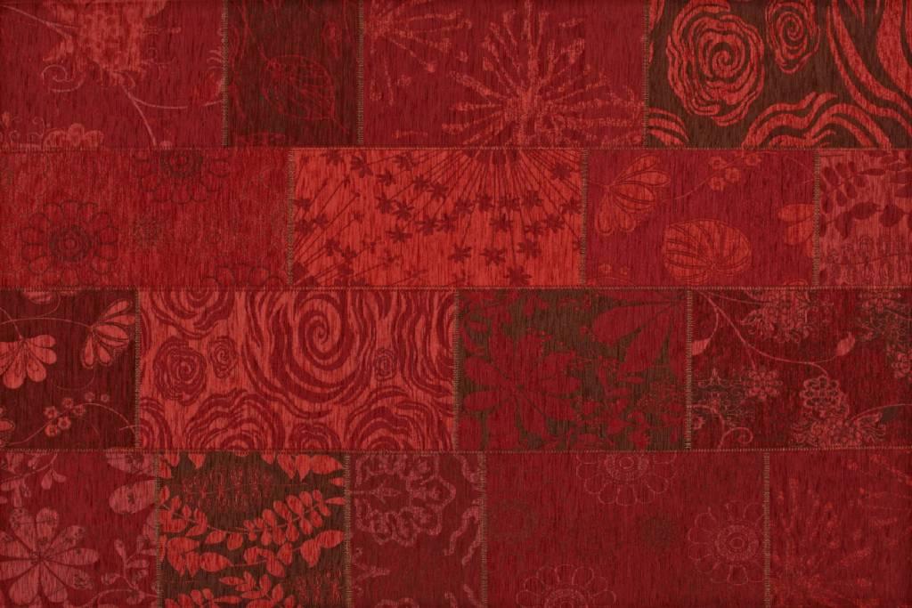 57b4e333002af2 Chatel 45 - Patchwork vloerkleed met prachtig bloemendessin in het rood
