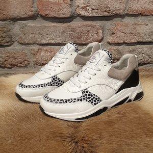 BullBoxer Bullboxer sneaker wit 295003E5LABLWHTD52
