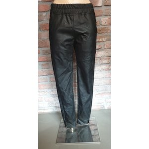 Typical Jill Typical Jill leather look pants Ivy 10190 black