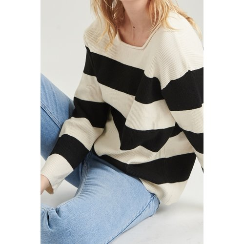 24colours 24Colours pullover striped ecru / black 40593a