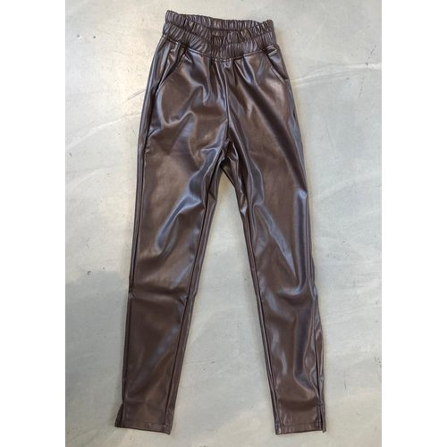 Ambika Ambika broek leatherlook bruin