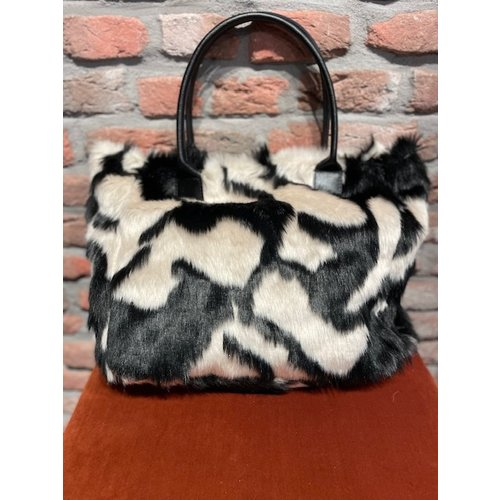 new york New York Bag Warm Soft black white