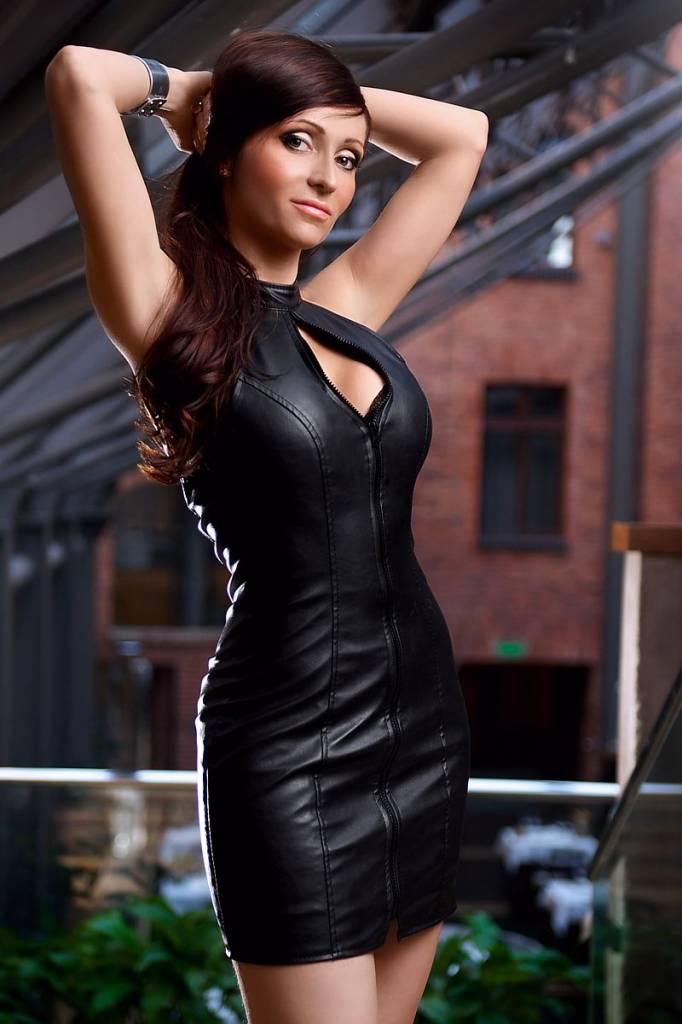 * SOLEIL by XXX COLLECTION Zwart leren jurk met rits aan de voorkant