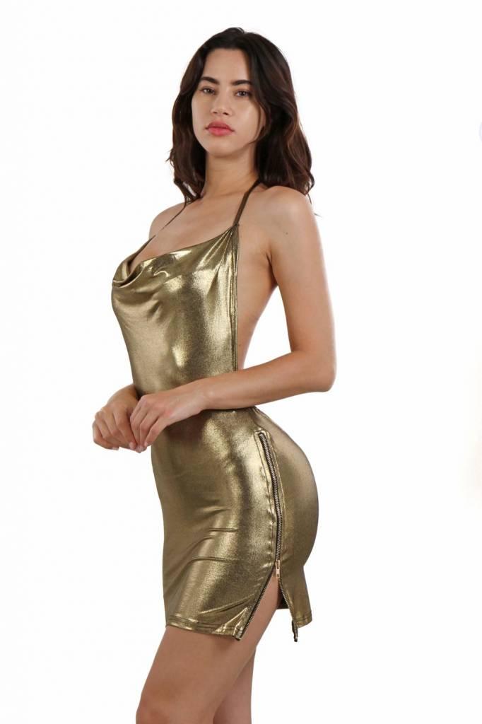 Sexy goudkleurig jurkje met waterval kraag in lamé stof