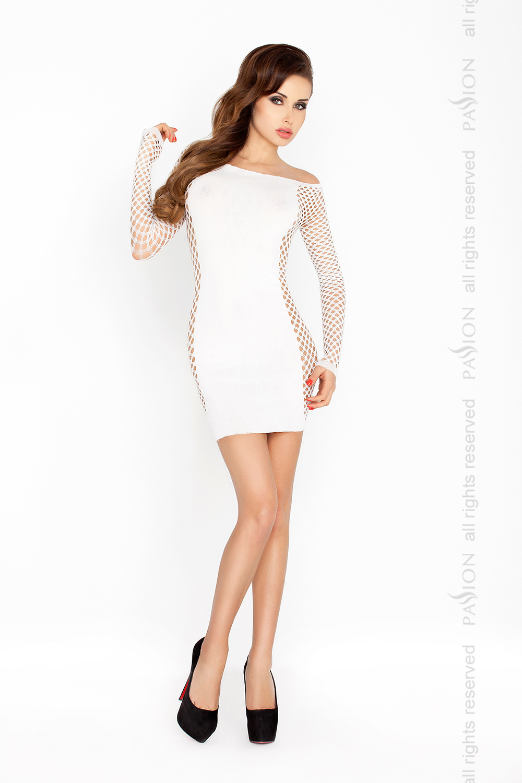 Wit jurkje Carmen met lange netstof mouwen van Passion