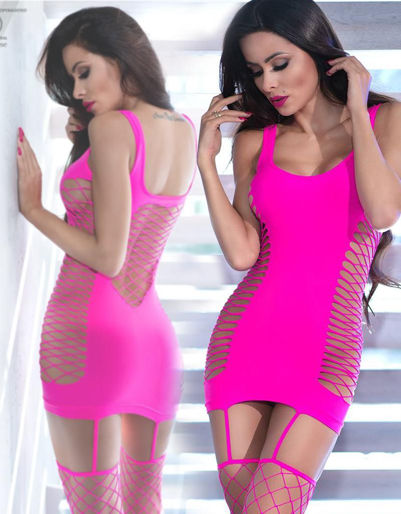* CHILIROSE Roze strak mini-jurkje met  netkousen  CR4336-P  van Chilirose