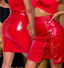 Rode lederlook rok met rits en kant