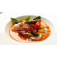 Rode curry met geroosterde eend