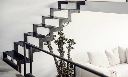 Magic stairs