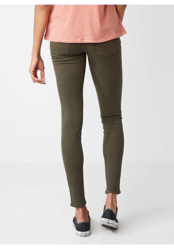 Skinny low rise slim fit jeans