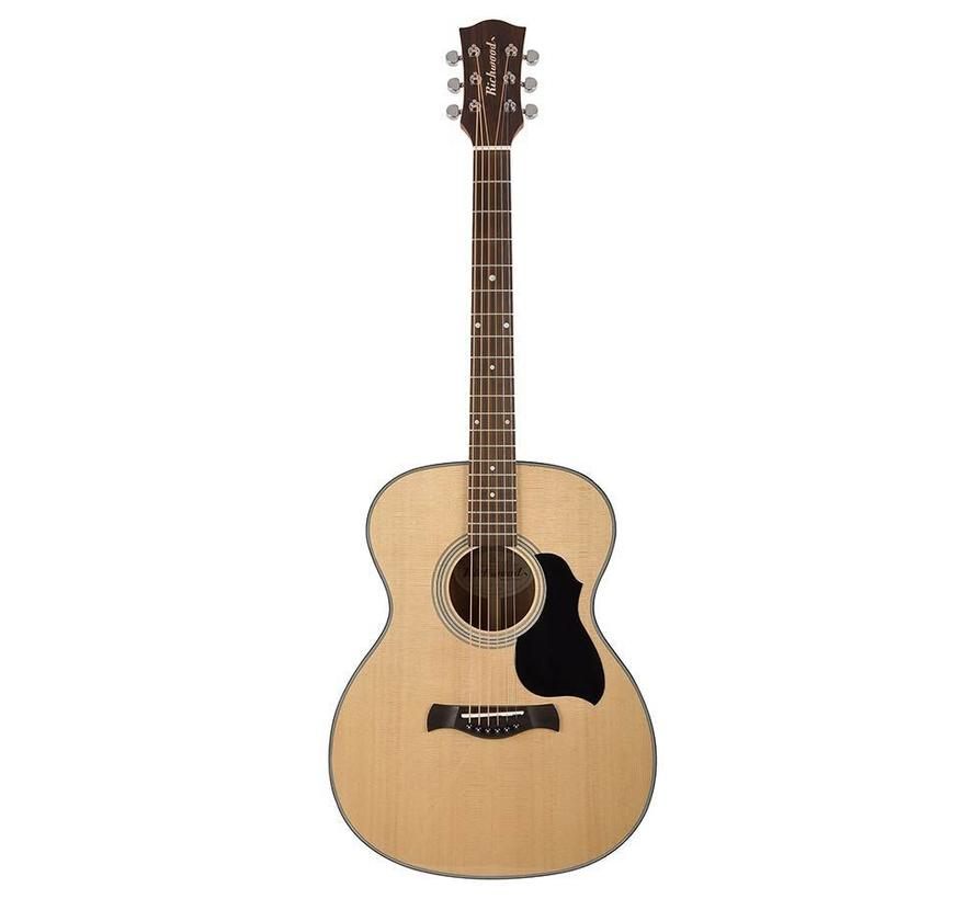 Richwood A-40 Auditorium model gitaar