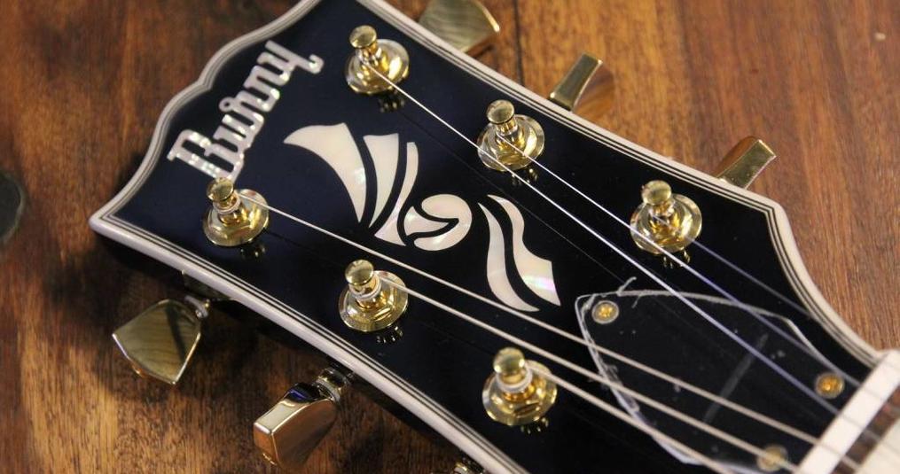 Burny Guitars verkrijgbaar bij Souman.nl