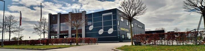 Muziekhuis Souman winkel en showroom in Hattemerbroek in de buurt van Zwolle