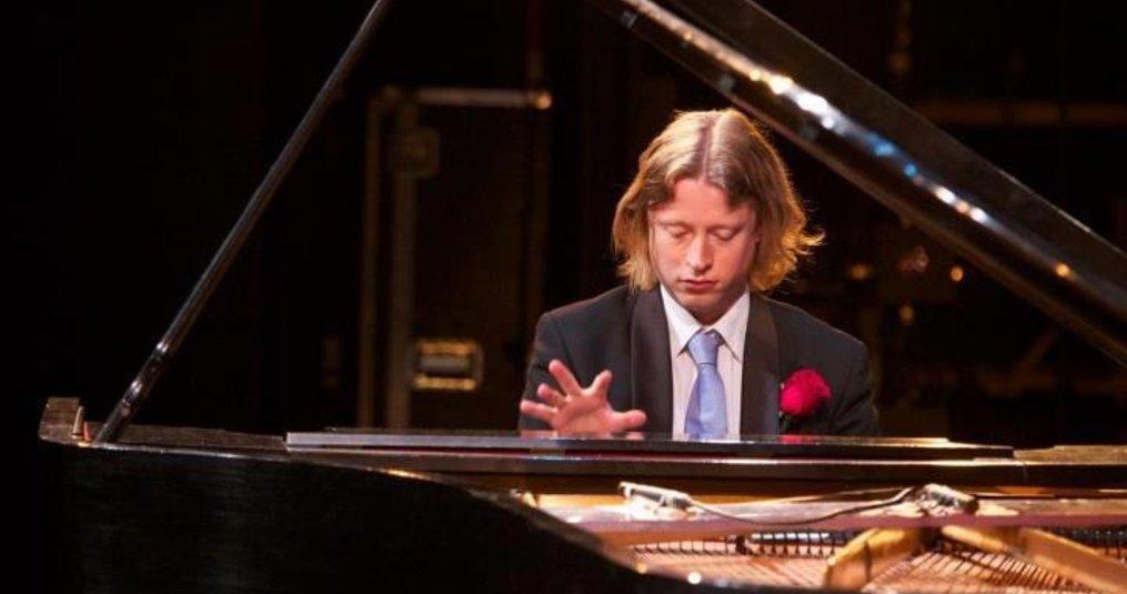 Pianist boeken in Kampen / Overijssel?
